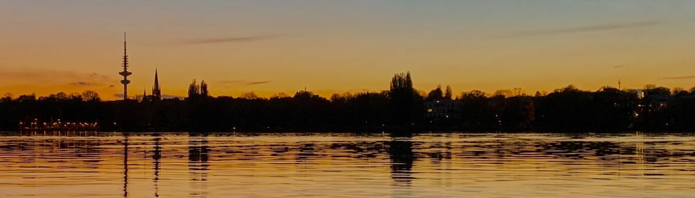 Alster Langer Zug Sonnenuntergang